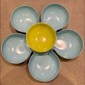 Pier 1 Imports Flower Shaped Chip/Dip Serving Tray